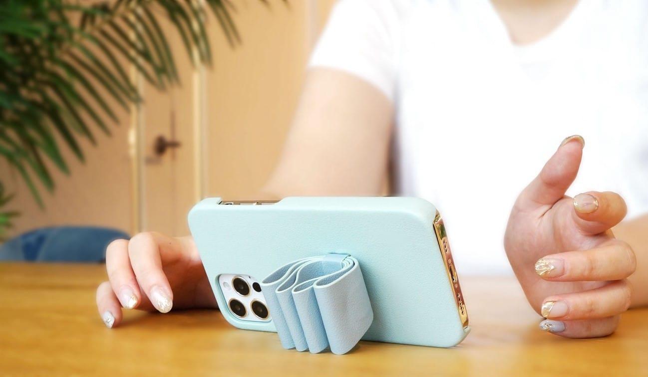 LANVIN en Bleuのリボン型スタンド&リング付きiPhone用ケース発売