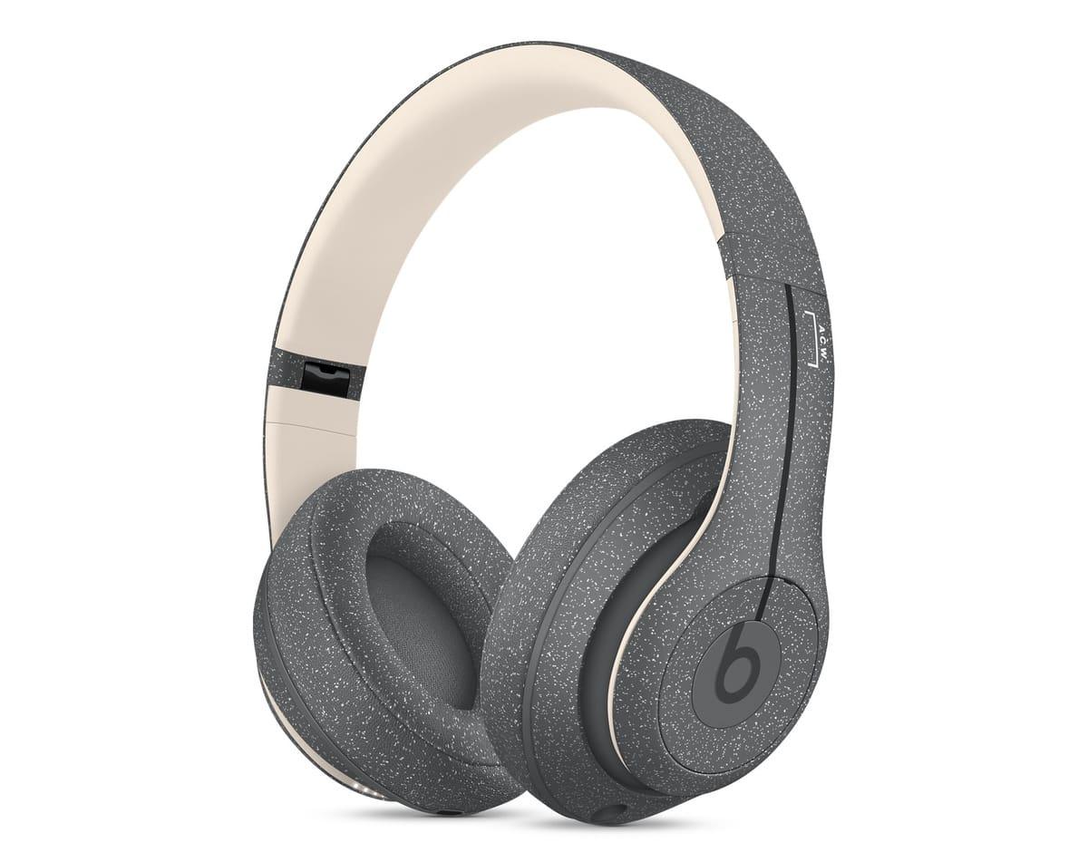 Beats、A-COLD-WALL*とコラボした「Studio3 Wireless」発売